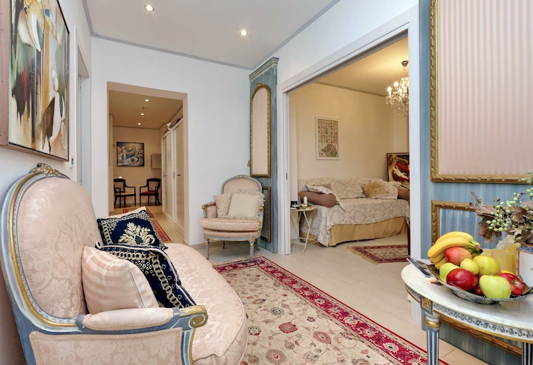 My Suite Rome, רומא, קבלה