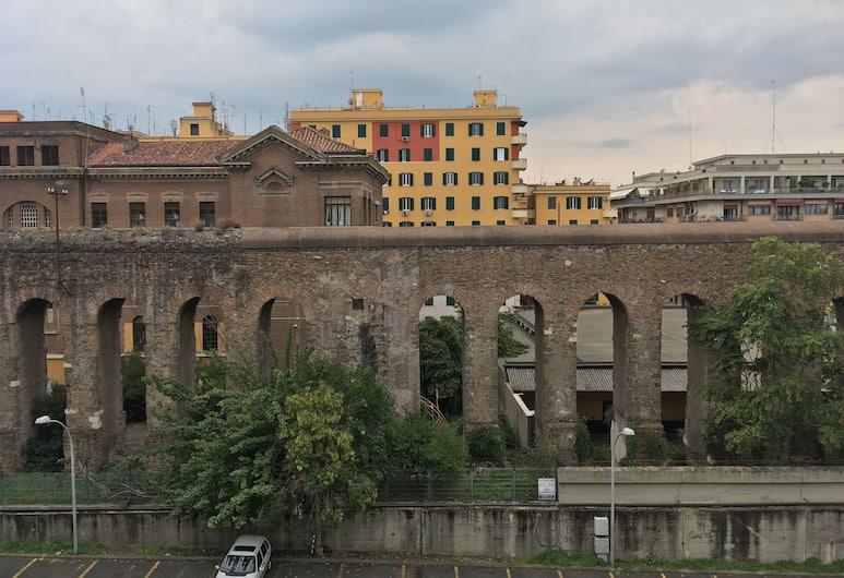 Giuly GuestHouse, Róma, Kilátás a hotelből