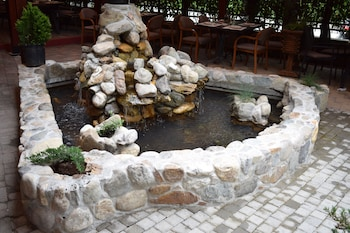 Hình ảnh Hotel Aristocrat & Fish Restaurant tại Skopje