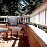 Deluxe Room, Balcony, Mountainside - Guest Room