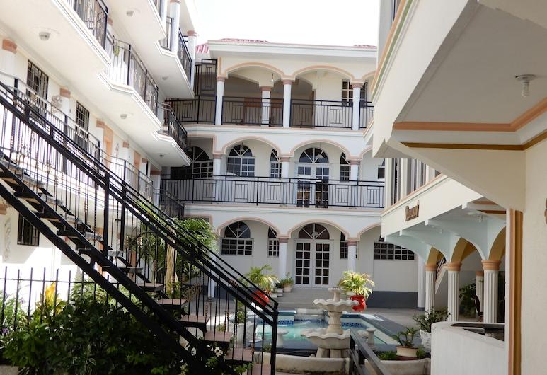 Hôtel Villa Lamarre, Saint-Marc, Innenhof