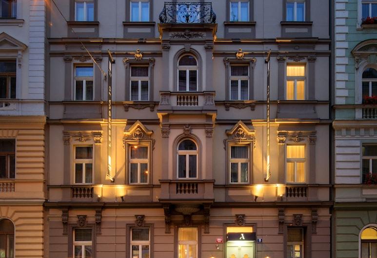 Avenue Legerova 19, Praha