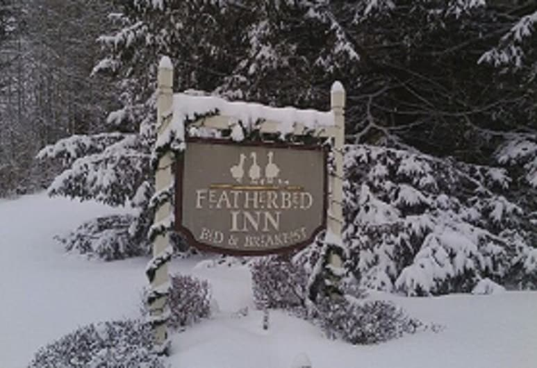 Featherbed Inn, Waitsfield, Hotel Front