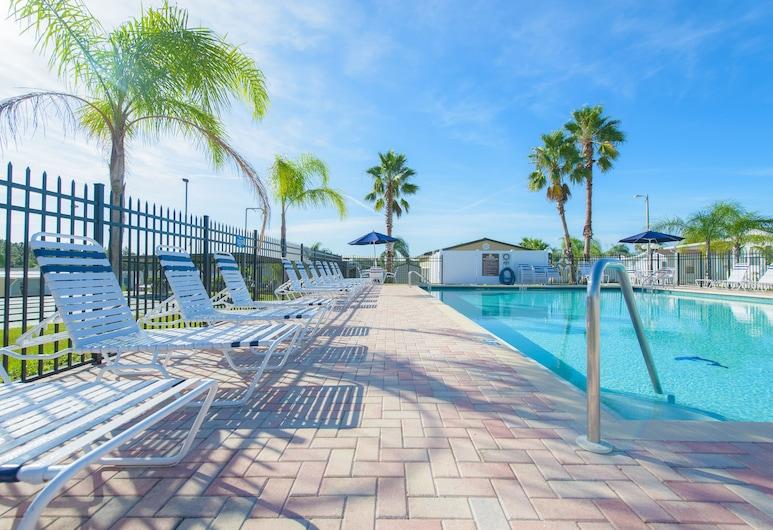 Grove Ridge RV Resort, Dade City, Utendørsbasseng