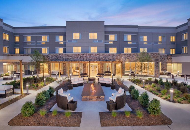 Courtyard by Marriott Wayne Fairfield, Wayne