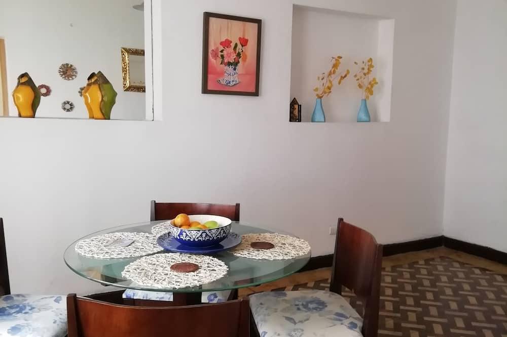 Habitación doble, 1 cama doble, baño compartido - Sala de estar