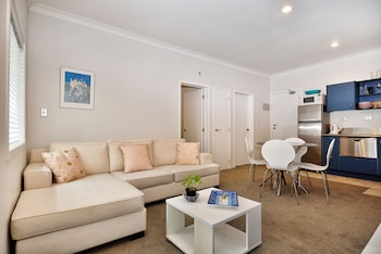 Auckland City Center Furnished Apartment