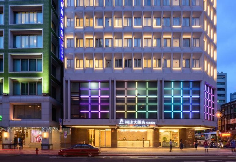 K Hotels Taipei Chang-An, Taipei, Hotel Front – Evening/Night
