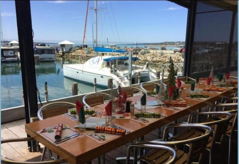 Marina View Chalets, Ваннанап, Ресторан