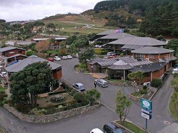 Picture of Aotea Lodge in Porirua