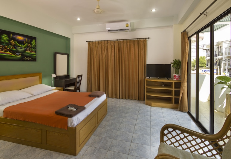 Travellers Rest Hotel, Pattaya, Large Deluxe, Phòng