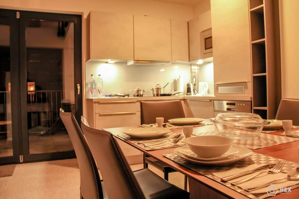 Superior Penthouse, 3 Bedrooms, Balcony - In-Room Dining