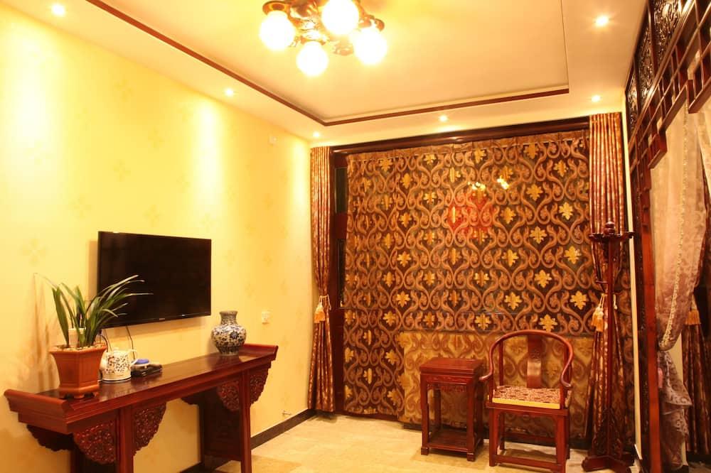 Signature Twin Room - Living Area