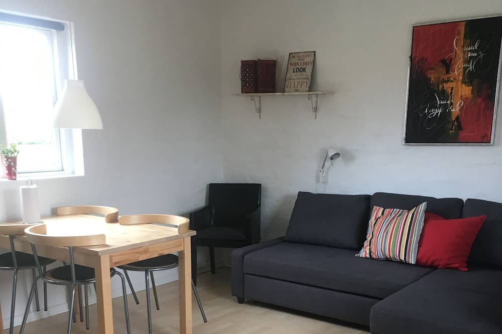 Family Apartment, Non Smoking - Living Area