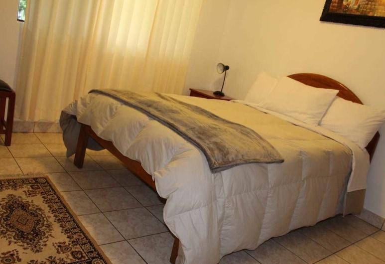 Mariana Home, Machu Picchu