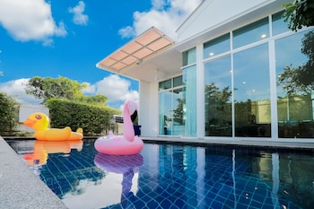 Φωτογραφία του Chaum Haus Pool Villa, Cha-Am