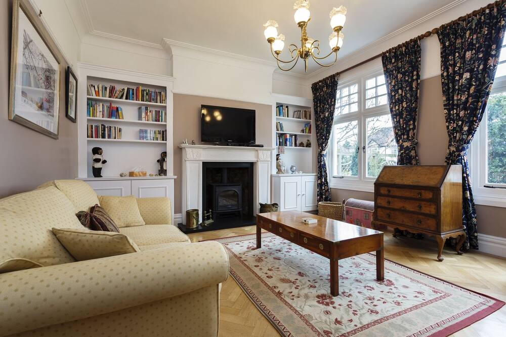 Коттедж, 5 спален (Hervey Road, Greenwich) - Гостиная
