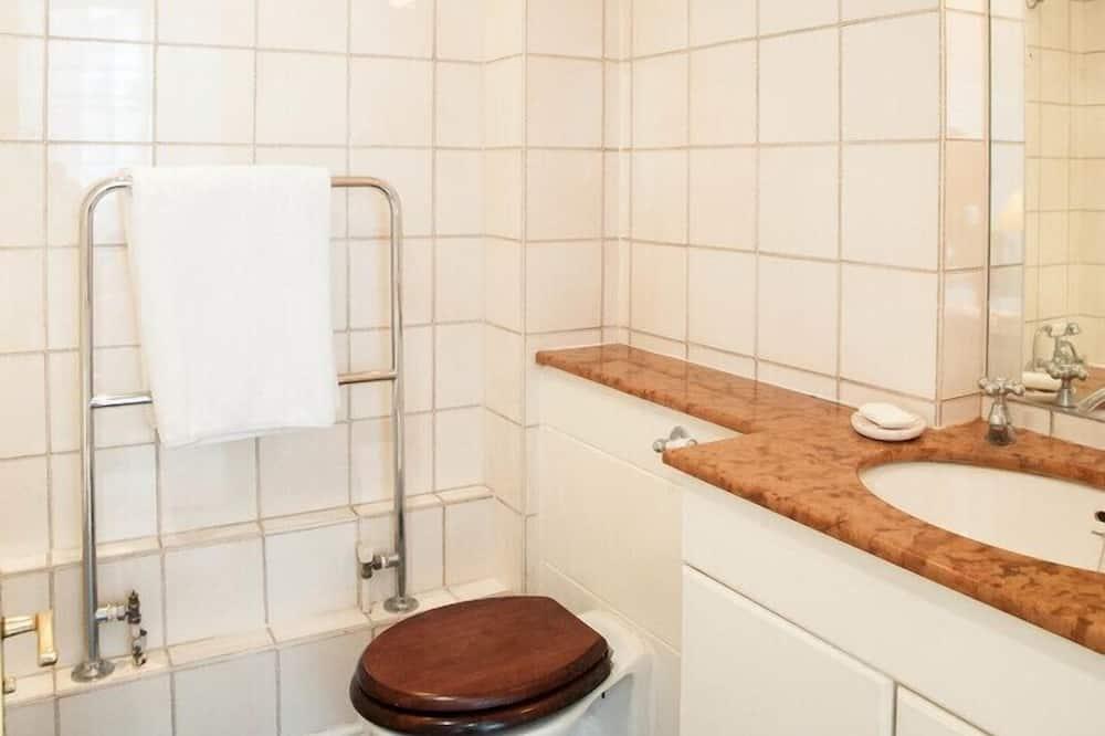 Lejlighed - 2 soveværelser (Gillingham Street, Chelsea) - Badeværelse