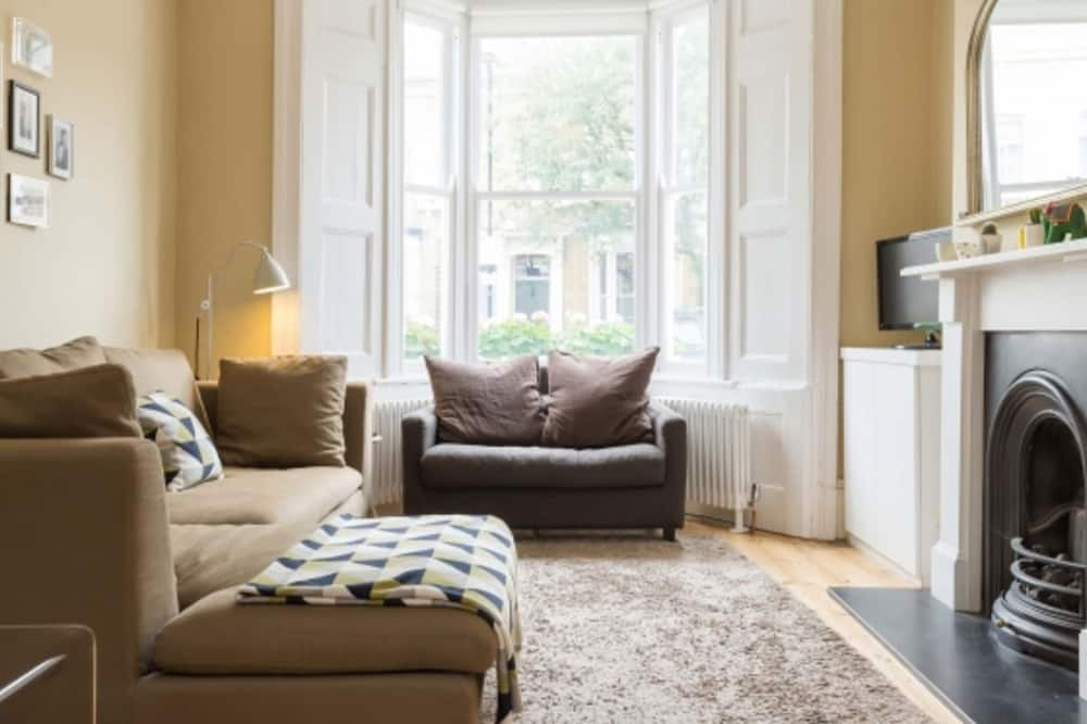 House, 4 Bedrooms (Winston Road, Stoke Newington) - Ruang Tamu