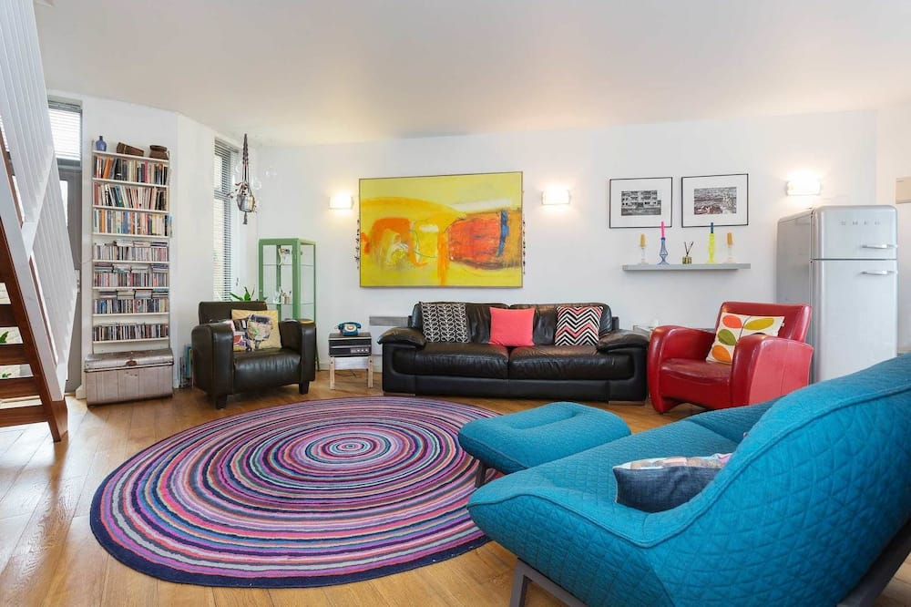 Apartment, 3 Bedrooms (Red Square, Stoke Newington) - Living Room