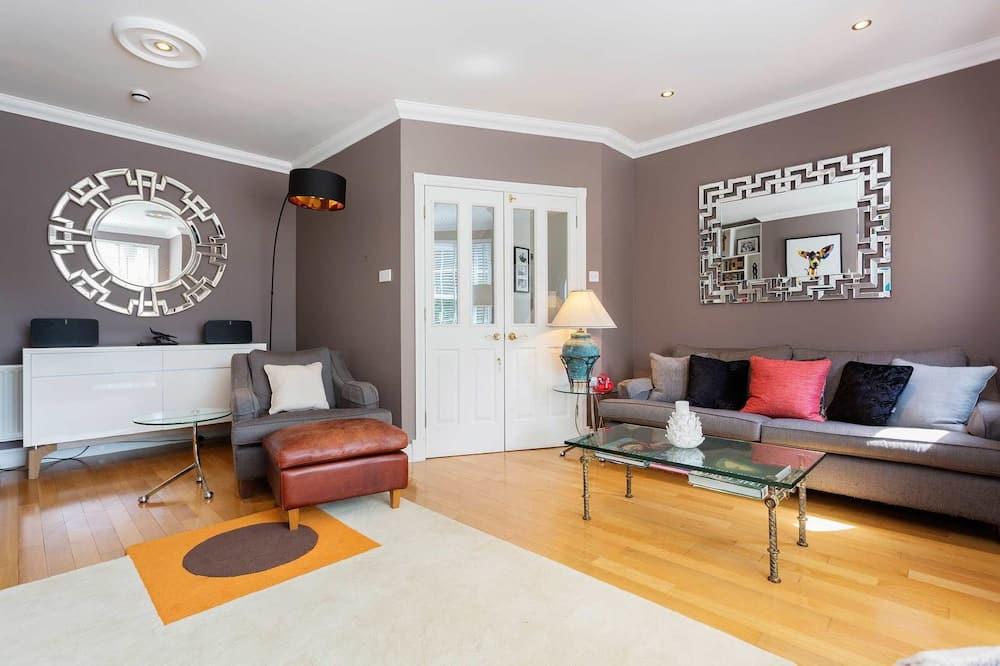 Διαμέρισμα, 4 Υπνοδωμάτια (Chapman Square, Wimbledon) - Καθιστικό