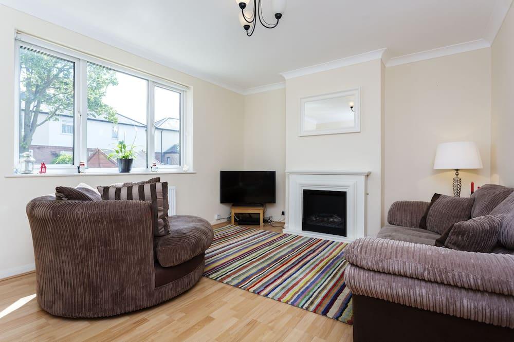 Dom, 3 spálne (Lambert Avenue, Richmond) - Obývačka