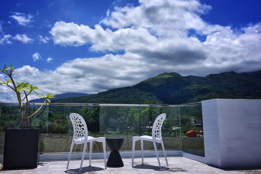 Deluxe Triple Room, Multiple Beds, Valley View - Terrace/Patio