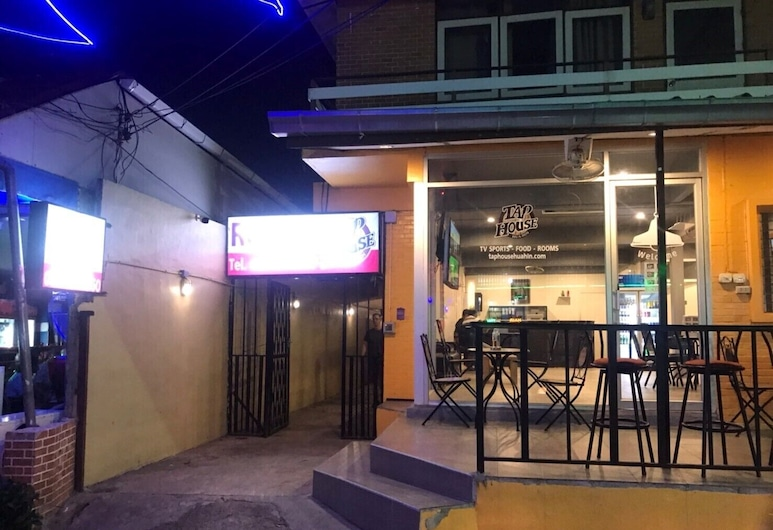 Taphouse, Hua Hin, Hotel Front – Evening/Night