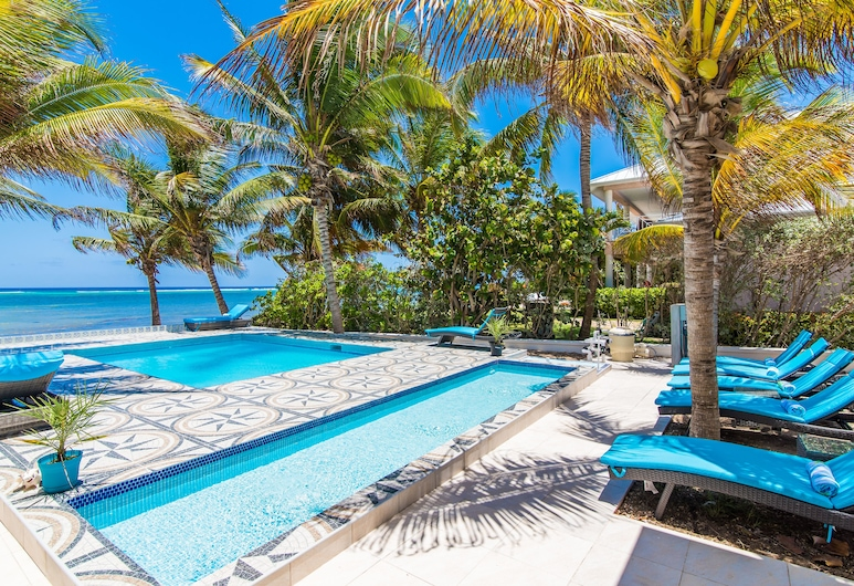 Sprat Bay Luxury Villa, George Town, Children's Pool