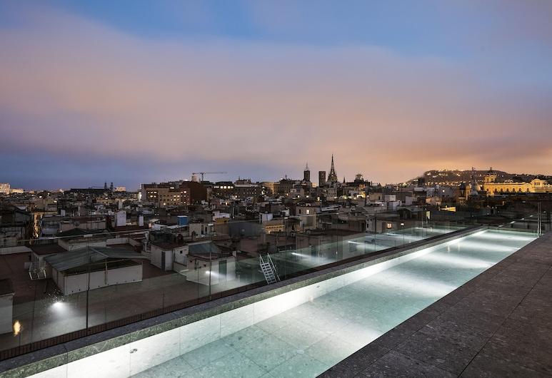 Yurbban Passage Hotel & Spa, Barcelona, Piscina no terraço