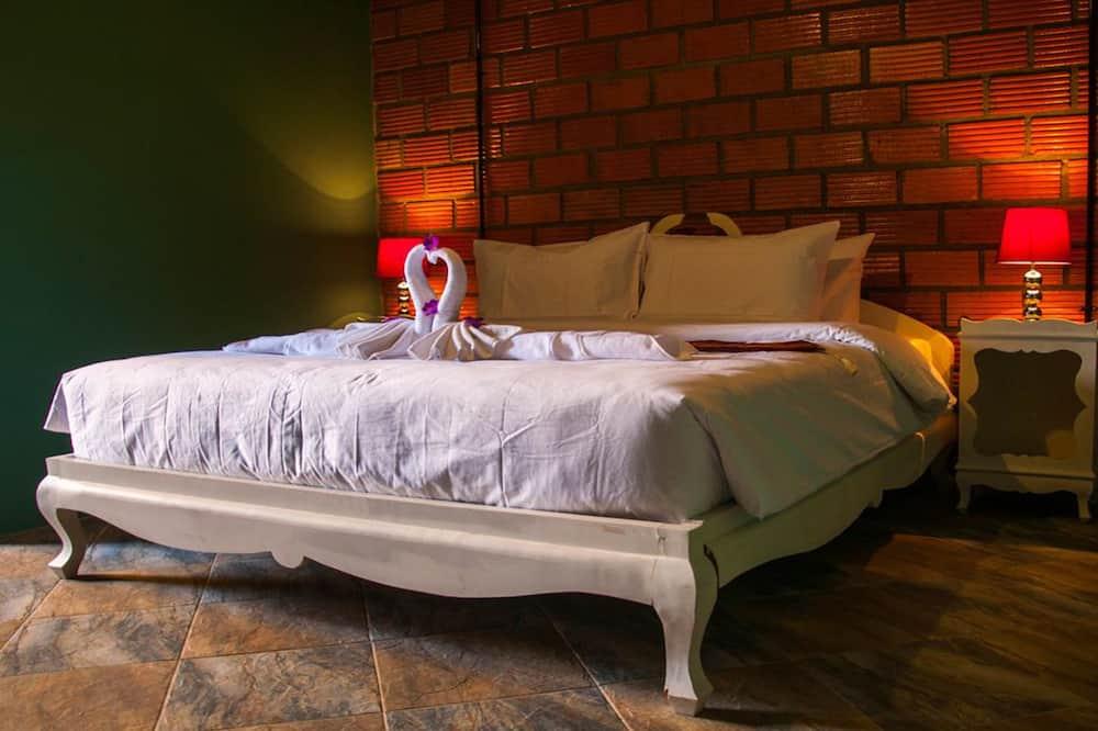 Double Room with Balcony - Habitación