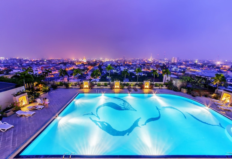 Prince Suites Residence Managed by Prince Palace, Bangkok, Außenpool