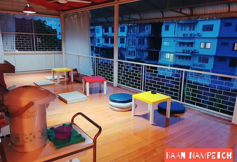 Baan Nampetch Hostel, Bankokas, Terasa / vidinis kiemas
