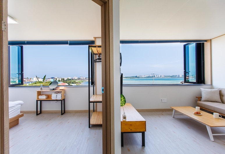 B&S Pension, Seogwipo, Suite, Guest Room