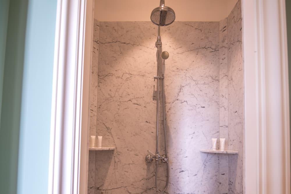 Classic Double Room, Vineyard View - Bathroom