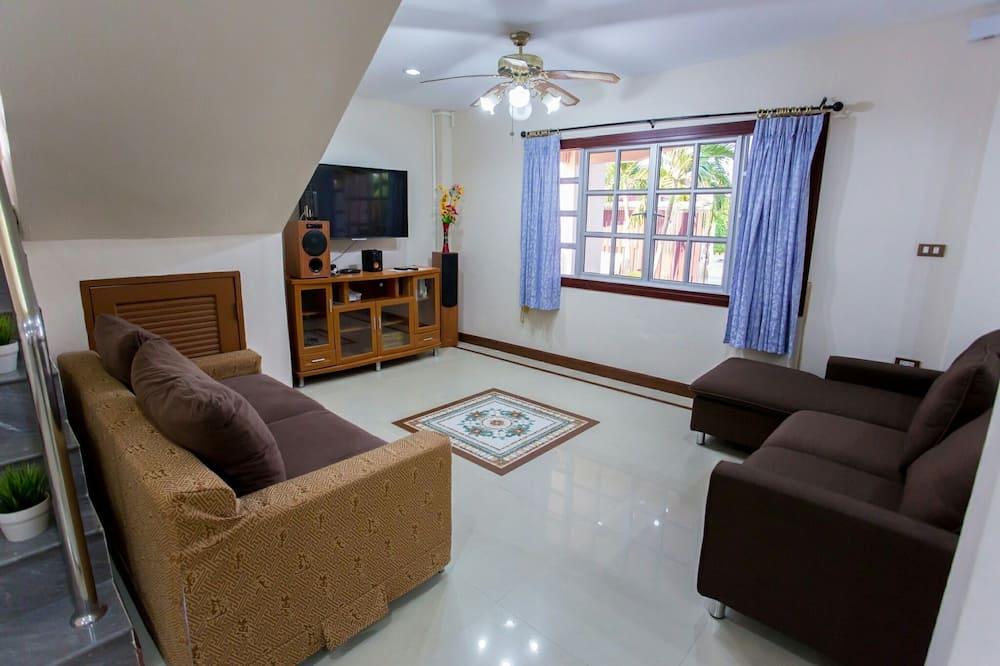5-Bedroom Private Pool Villa - Living Area