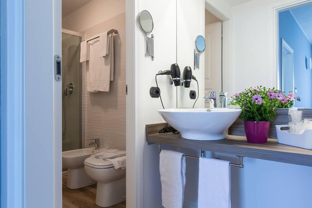 Apartemen Keluarga, 1 Tempat Tidur Double dengan tempat tidur Sofa - Kamar mandi