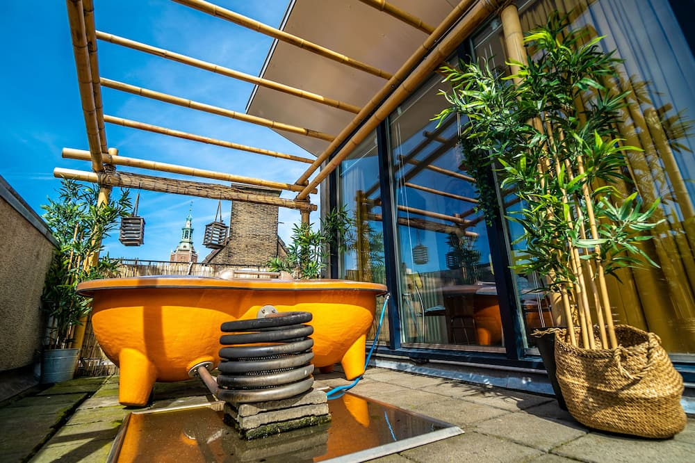 Panoramic Triple Room (301 Penthouse Market View) - Terrace/Patio