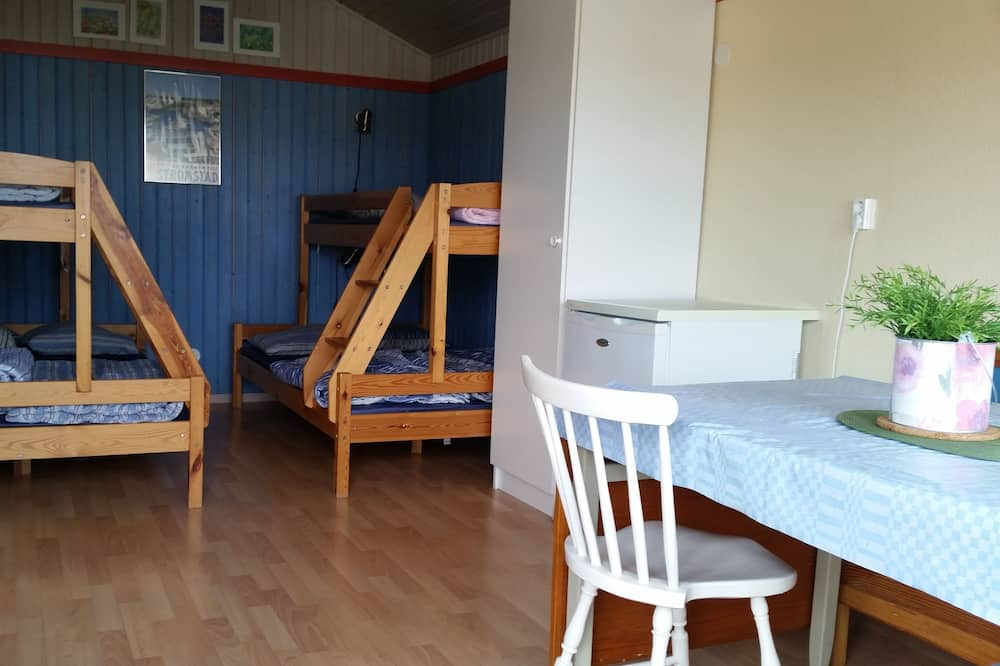 Cabin, Shared Bathroom - Living Area