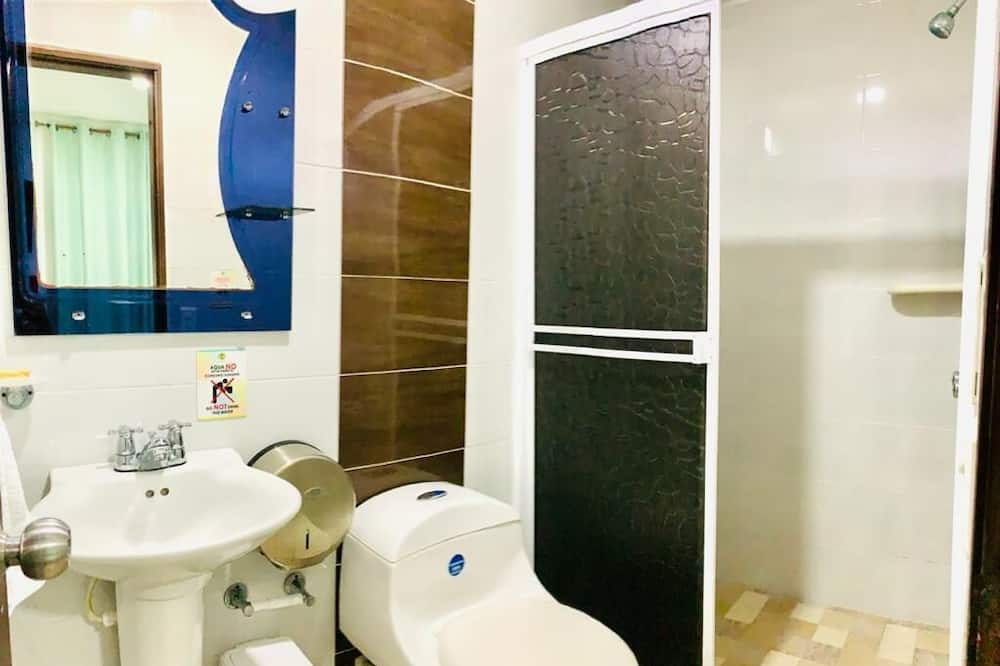 Apartment, 1 Double Bed, Balcony - Bathroom