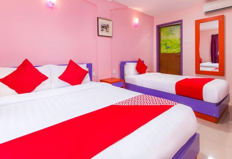 OYO 410 Brickfields Park Hotel, Kuala Lumpur, Superior Suite, Guest Room