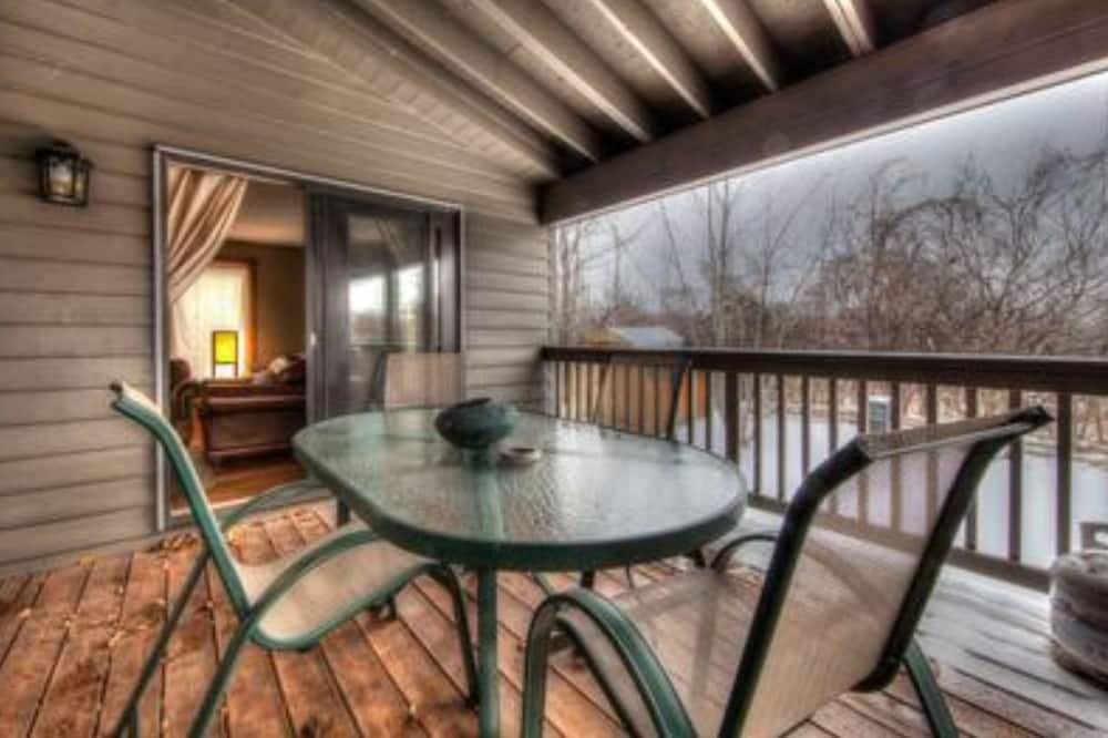Executive faház, 6 hálószobával, pezsgőfürdő - Kiemelt kép