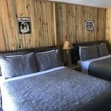 Double Queen Room - Guest Room