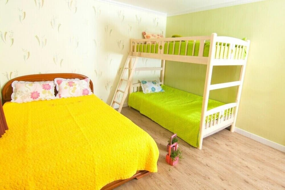 Triple Room (Base occupancy 3, Extra person charge KW15,000/pax Pay at Hotel) - Children's Theme Room