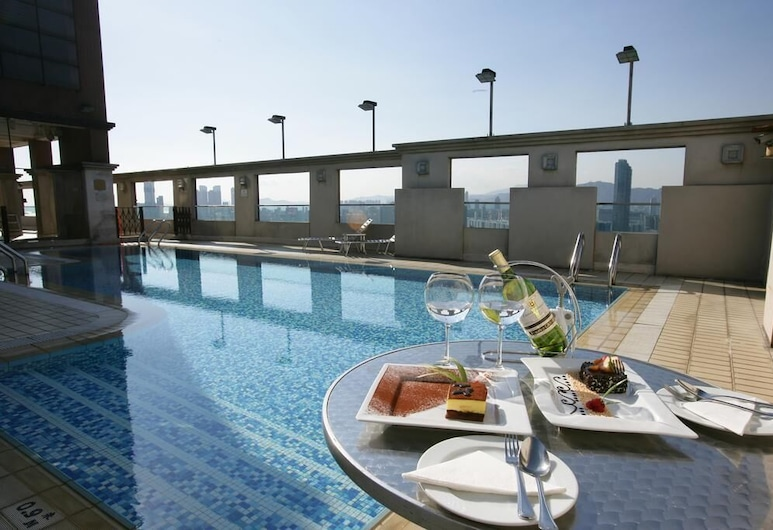 Ramada by Wyndham Hong Kong Grand View, Hong Kong, Outdoor Pool
