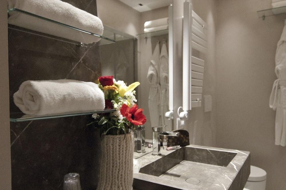 Suite, teras - Kamar mandi
