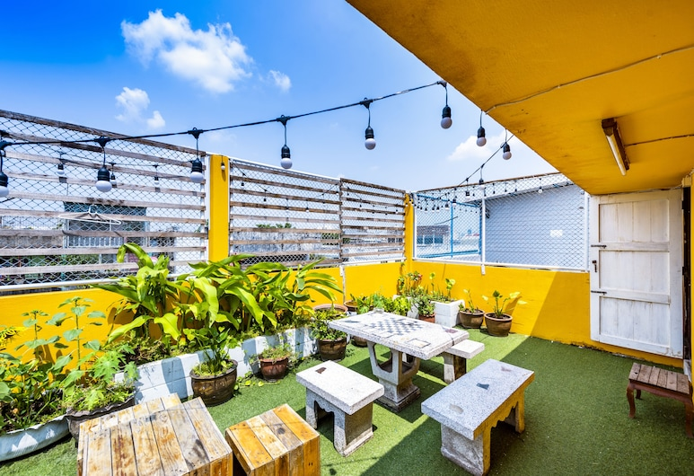 Sloth Hostel, Bangkok, Double Bed Room with Share bathroom(PrivateRoom), Woonruimte