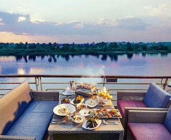 Picture of Nile View Jewel Hotel in Cairo
