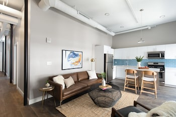 Picture of Delightful 2BR in Downtown Crossing by Sonder in Boston