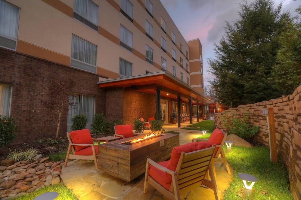 Fairfield Inn & Suites by Marriott Gatlinburg Downtown